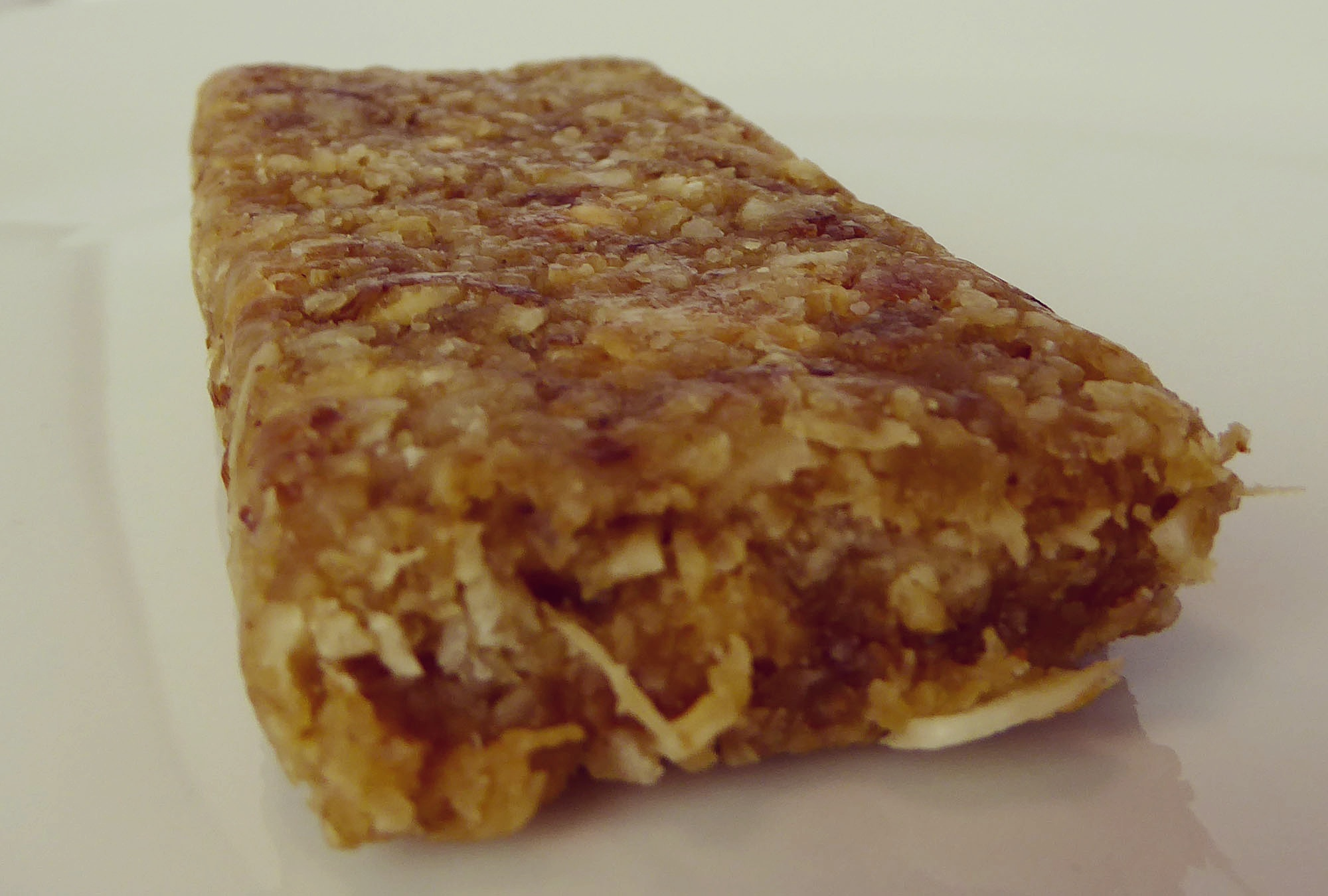 Highfive Dried Fruit Energy Bar Coconut