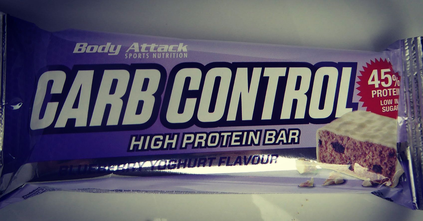 Body Attack Sport Nutrition Carb Control Blueberry Yoghurt Protein Bar